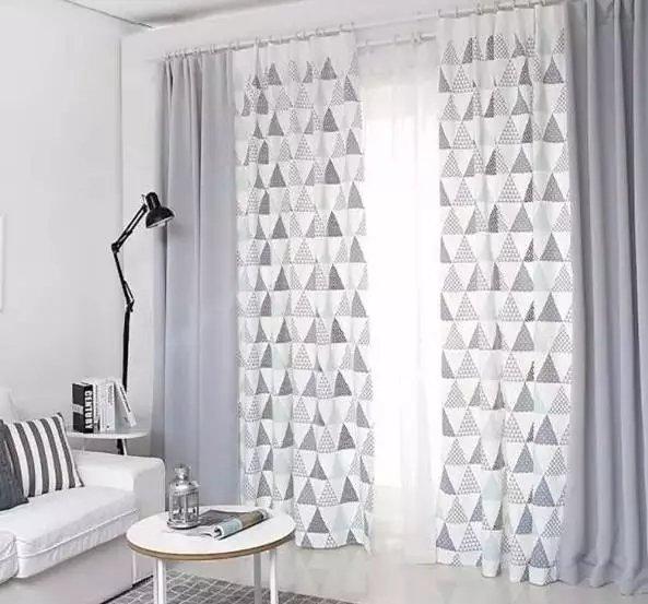 图案都十分简单 四,窗帘的安装方式 北欧风格窗帘头的款式自然不会