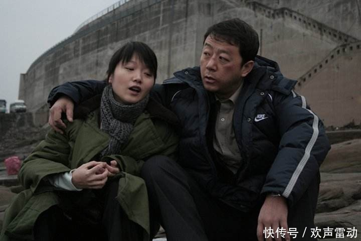 《疯狂的石头》全员导演梦黄渤徐峥被赞,他首次执导票房口碑惨败
