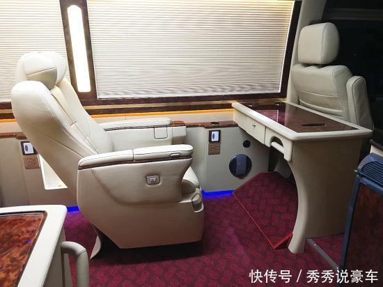 丰田柯斯达16座改装房车 丰田考斯特旅居房车