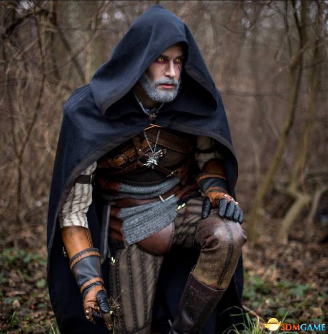 《巫师3》官方分享杰洛特神级Cos 脸部略显鲜嫩