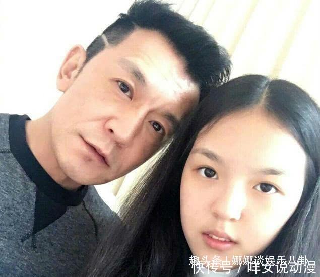 娱乐圈内最委屈的女星李小璐微博哀悼李咏,反