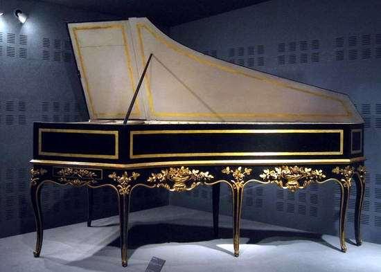 英国夏贝尔钢琴
