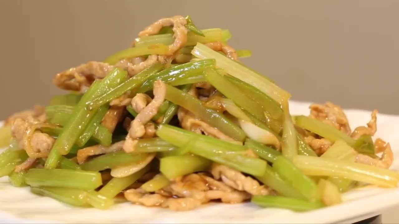 美食推荐:西芹炒里脊的做法