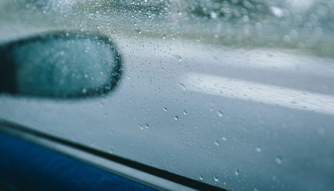 风里雨里,这份驾驶攻略守护你