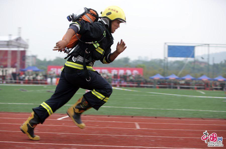 训练塔除能进行消防业务训练
