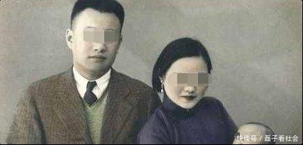 妻子整理丈夫遗物发现一张旧照,才知20年前捡的女婴身份不一般