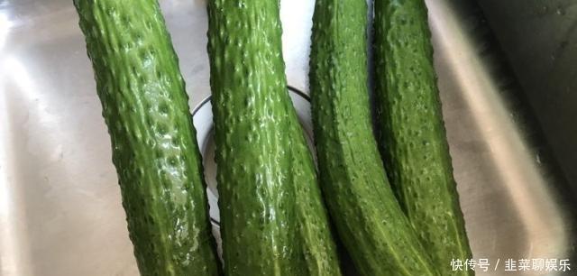 黄瓜这样腌,又嫩又脆不变色,吃到过年都不会坏!