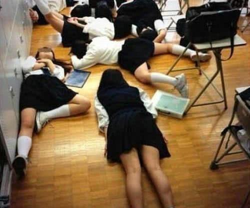 又一日本女孩被强奸!犯人再一次被判无罪释放去去那边男生女生图片